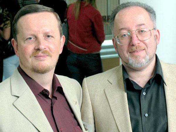 Классики современной фантастики Генри Лайон Олди – писатели Дмитрий Громов (слева) и Олег Ладыженский