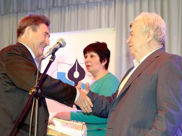 Марсель Салимов на вручении премии Золотая полка отечественной журналистики