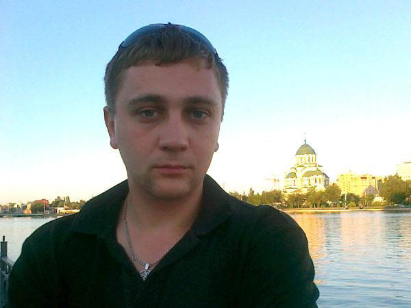 Олег Гриценко