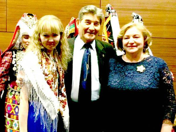 3 Президент Ассамблеи народов России Светлана Смирнова - справа